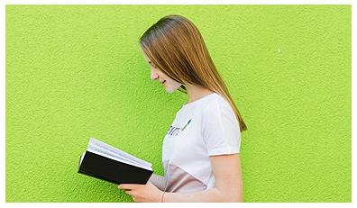 کتاب نوجوان و بزرگسال